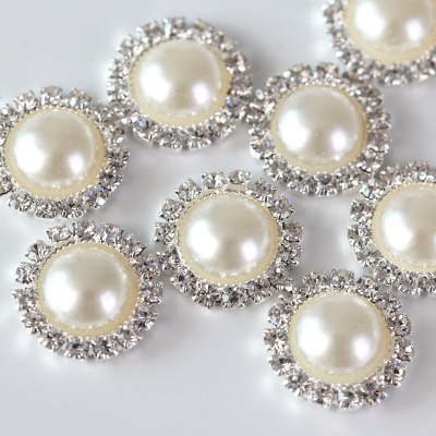 Wholesale Rice White Pearl Rhinestone Buttons Designs Vintage Style